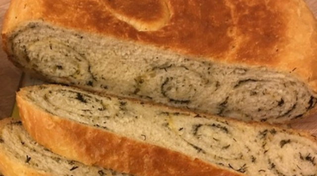 Хліб з часником і сиром в мультиварці