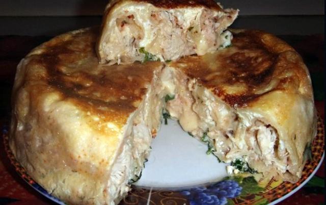 М'ясний лінивий пиріг у мультиварці