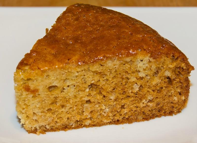 Пісний медовий пиріг в мультиварці
