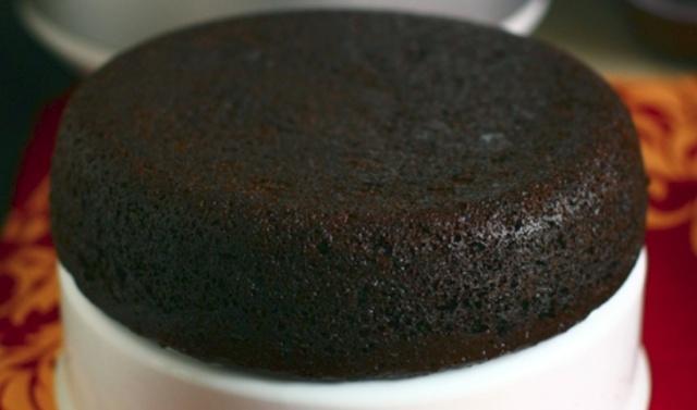 Шоколадний кекс у мультиварці