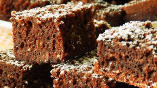 Шоколадно-кокосовий пиріг в мультиварці